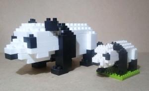 ダイヤブロックとナノブロックの比較(ジャイアントパンダ)