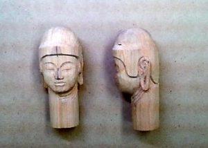 仏頭の彫り方(耳の位置を決め、お顔をさらに整える3)