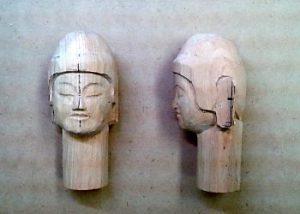 仏頭の彫り方(耳の位置を決め、お顔をさらに整える1)
